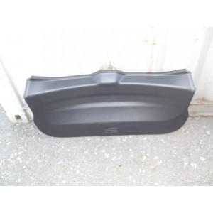 Обшивка кришки багажника