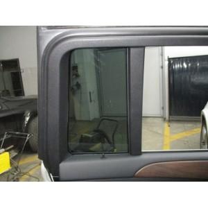 Скло (глухе)дверей задніх лівих M-Benz GL 350